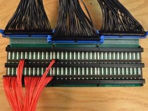 header-strip-transition-board.1_l